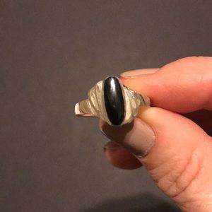 Jewelry - Black and silver size 7 1/2 ring